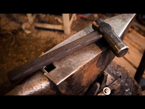 forging a japanese style bladesmithing hammer (full process with handle)