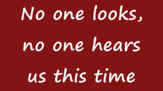 Watch Shakira Why Wait video