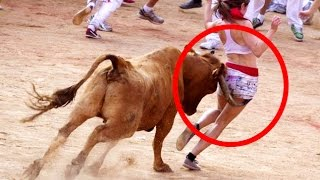 Download Angry Bulls Attack Men Funny Video  Animals Vs Men || The Animal Tv 3Gp Mp4