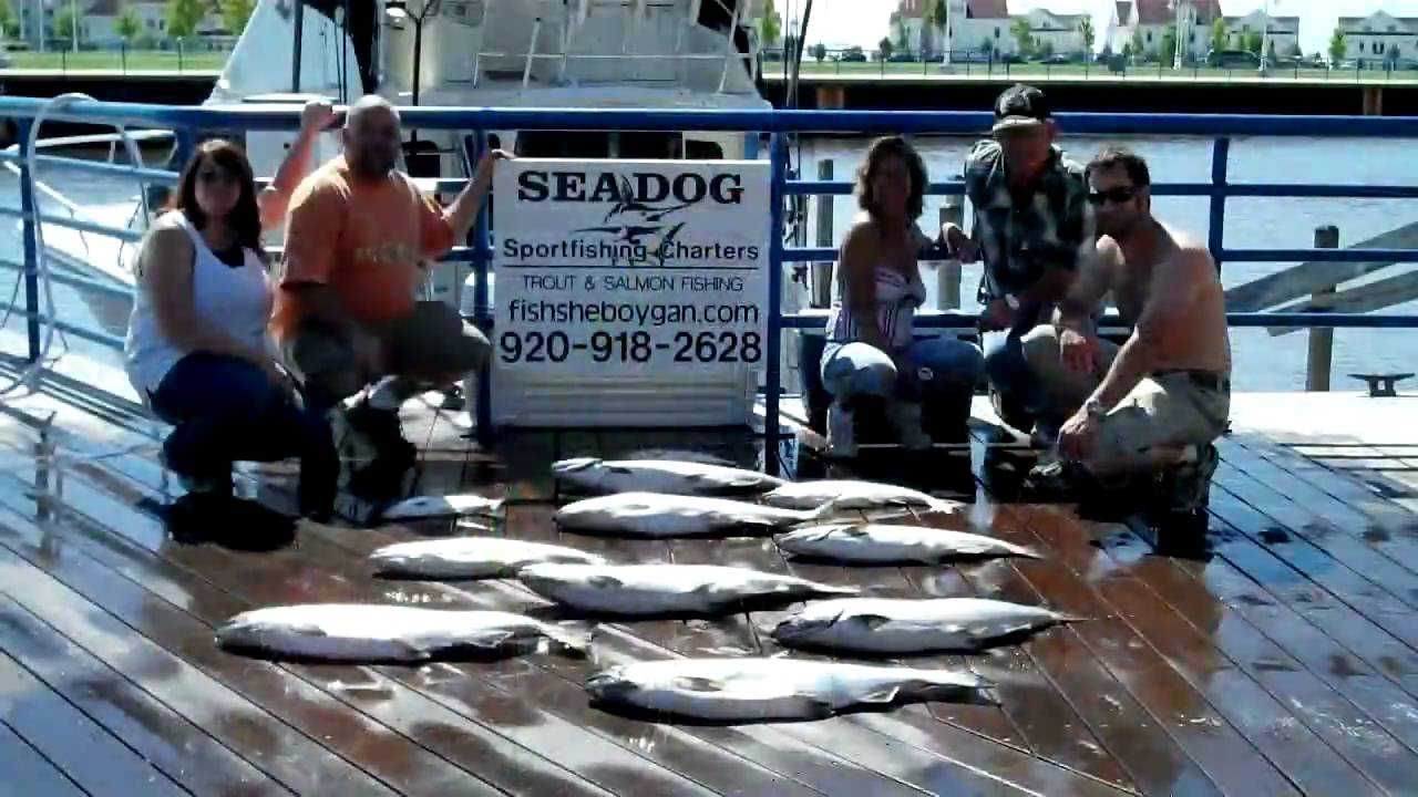 Sheboygan wisconsin salmon fishing catching big fish for Salmon fishing wisconsin