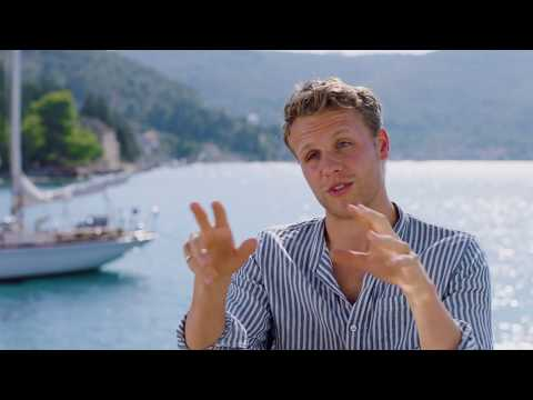"MAMMA MIA! 2 Here We Go Again ""Young Bill"" Josh Dylan On Set Interview"