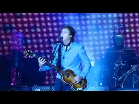 """Eight Days A Week"" - Out There! - Paul McCartney (Belo Horizonte,Brasil 2013)"