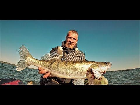 Рыбалка С Ночёвкой На Яузском Водохранилище. Уха у Костра из Судака. Ночь На Диком Берегу.