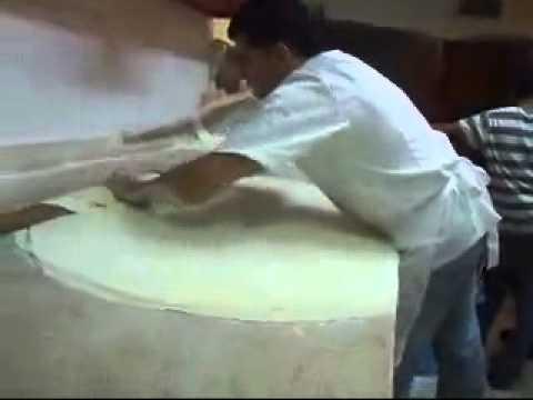 الشيف احمد البابا يتألق بصناعة الفطائر النابلسية في محلات وليد حسن تصوير