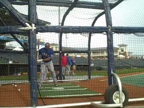 Marlon Byrd BP video