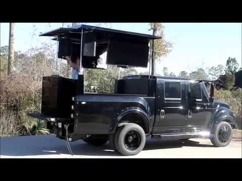 DJ Stand Truck Setup