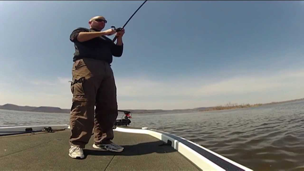 Mississippi river bass fishing report pools 7 8 9 youtube for Ms fishing report