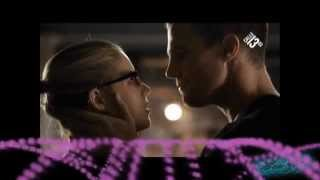 Arrow - Hero - Oliver & Felicity