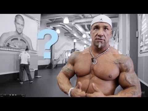 Сергей Карандашов. Тренировка груди.
