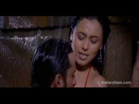 Rani Mukherjee Kiss Stills Hot video