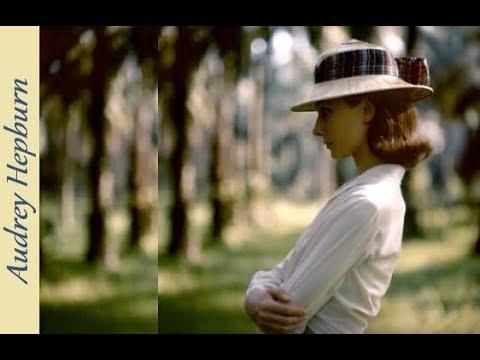 Audrey Hepburn  ♥  Moonriver