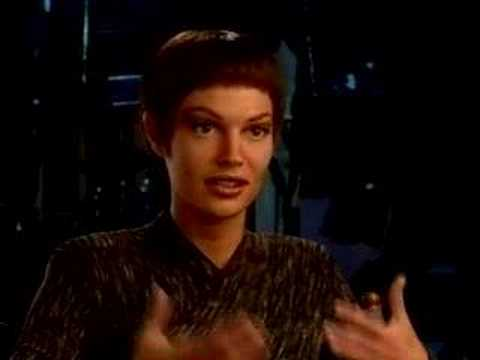 Jolene Blalock comments on what it's like to become T'pol for the ...