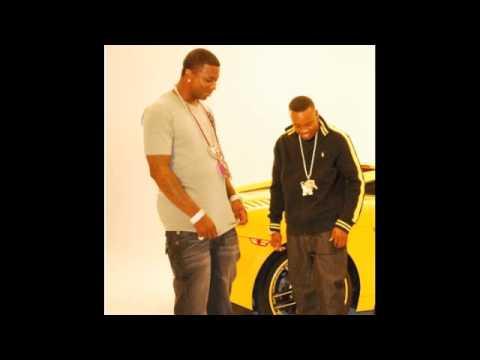 Преглед на клипа: Gucci Mane Ft. Yo Gotti - Cookbook