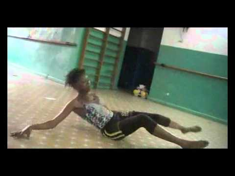 Forest Art Dance (ngono Koa Claudia).flv video