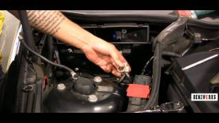 BENZWERKS C-CLASS(203) BATTERY REMOVAL