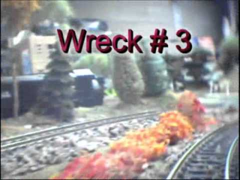 Train crashes and wrecks on hojimbo's layout