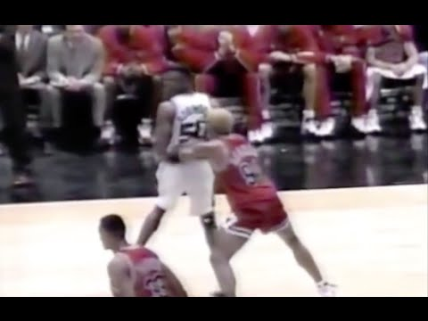 Dennis Rodman defense on Rookie Duncan + David Robinson