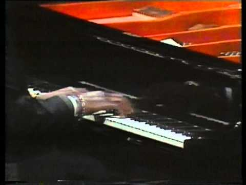 Grand Piano 3 - Oscar Peterson & Michel Legrand - Watch What Happens