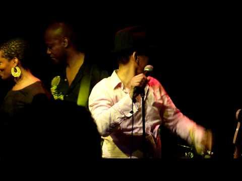 Keni Burke - Hang tight - Live in London 2010