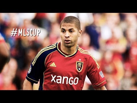 GOAL: Alvaro Saborio finishes off a fantastic feed from Kyle Beckerman   MLS Cup 2013