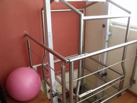 Elevador residencial para minusválidos, ancianos o personas lastimadas.