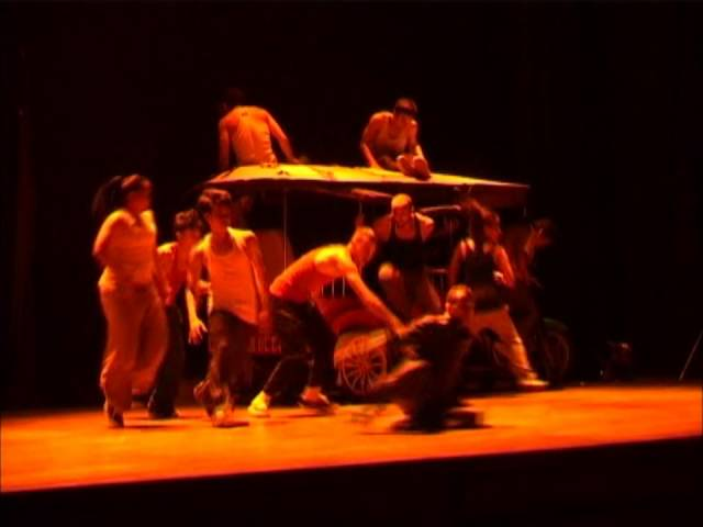 Tiny Toones perform 'Carnet de Voyage' at Chenla Theater