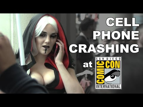 CELL PHONE CRASHING at COMIC-CON 2015! #SDCC