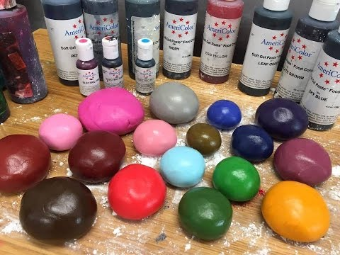 How to Color Fondant