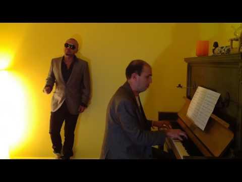 Duo piano y cantante, repertorio Buble para coktail y cena. Matrimonios.