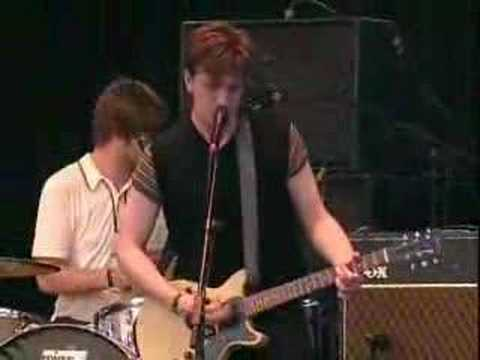 Benicassim 06 - The Futureheads - Fallout