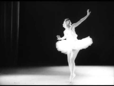 """Майя Плисецкая. """"Умирающий лебедь"""" Камиля Сен-Санса, 1959 г."""
