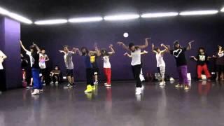Watch Missy Elliott Party Time video