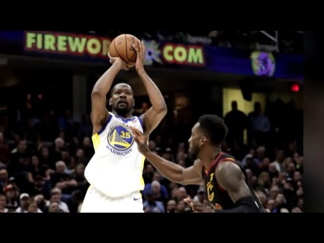 Golden State Warriors take 3-0 NBA Finals lead against Cleveland Cavaliers