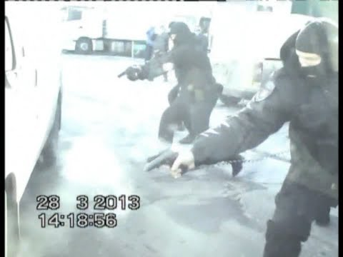 Russian Police Takedown $3B Money Laundering Scheme RARE POLICE FOOTAGE
