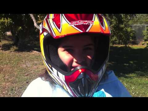 8 Year old girls motorcross jump 110CC SSR Dirt Bike