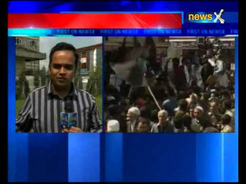 Syed Ali Geelani, Mirwaiz Umar Farooq and Yasin Malik share stage, call for unity among separatists