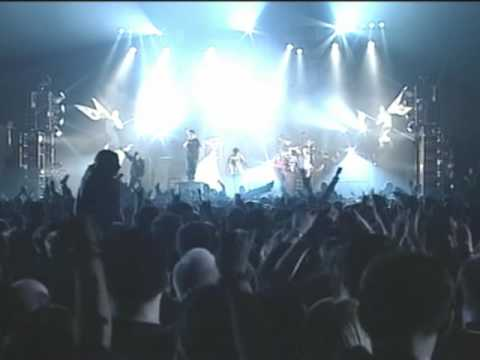 Linkin Park - One Step Closer live with a fan on Stage Music Videos