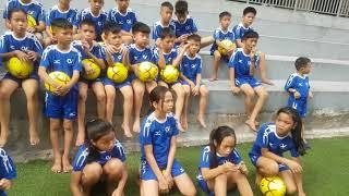 Cong Vinh day tre mo coi Que Huong hoc da banh - Huynh Tieu Huong