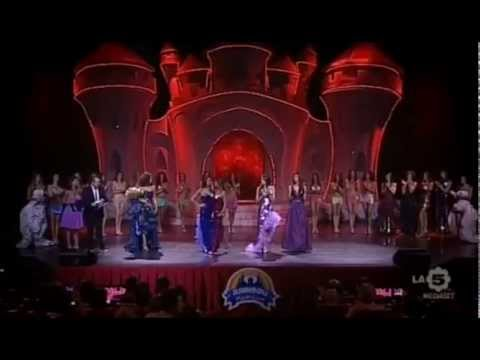 SONIA PERRONE | Regia Moda: Finale Nazionale Miss Universe Italy 2012, in onda su LA5 Mediaset
