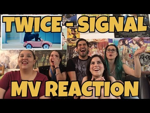 AKA REACTS! TWICE (트와이스) - Signal MV Reaction