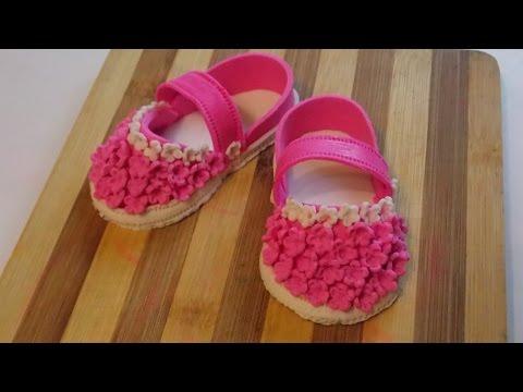 Детские сандалики из сахарной мастики (Украшения из мастики для детских тортов)