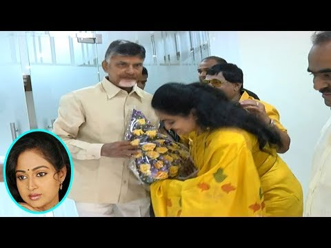 Actress Divyavani Meet Chandrababu Naidu | Tollywood Stars Ready For TDP Campaigning | Indiontvnews