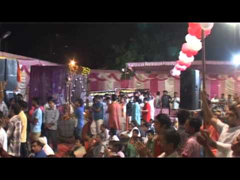 Aaj Mohe Radha Chal Gayi Re by Sadhvi Poornima Ji (Poonam Didi...