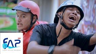 Video clip FAPtv Cơm Nguội: Tập 5 - Quán Cafe Bất Ổn