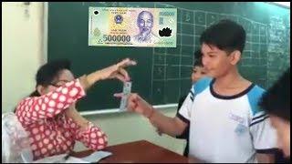 Bắt tiền 500k | Cực hài hước với trò chơi đừng để tiền rơi của cô giáo lớp 9 | NVH