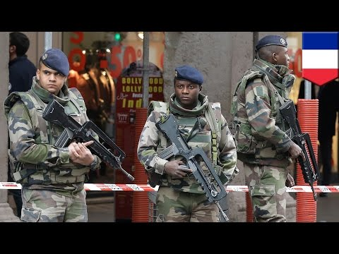 France anti-Semitic knife attack: suspect wielding Machete-like blade attacks soldiers