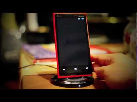 Nokia Lumia 920 Wireless Charging Stand Unbox and NFC setup