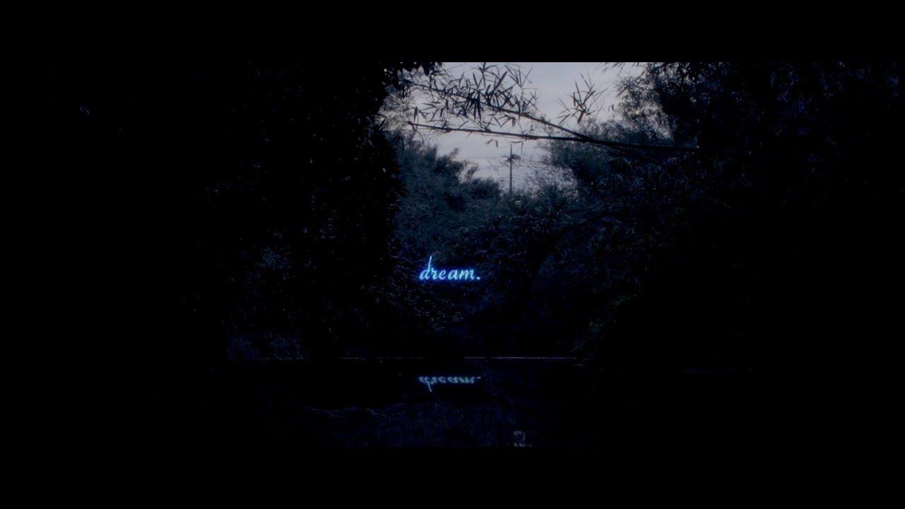 """n-buna (ヨルシカ) - Sarah Furukawaをフィーチャした新曲""""Silence""""のリリック・ビデオを公開 VRアニメ「狼と香辛料 VR」主題歌 thm Music info Clip"""