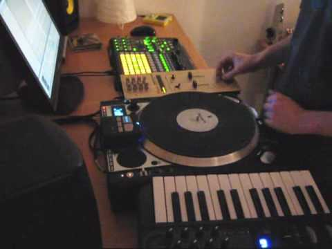 How to use a Numark CDX as a Vestax Controller One