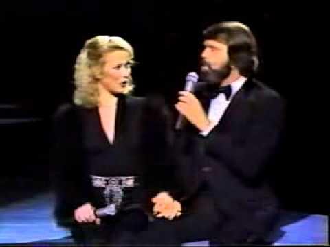 Glen Campbell - Shoulder To Shoulder